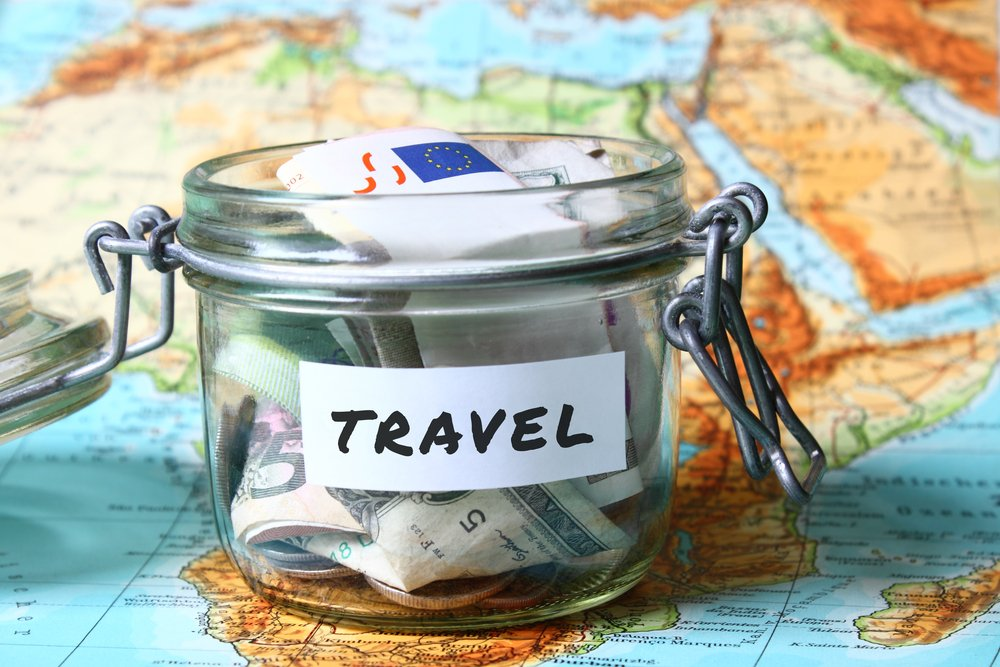 5 Realistic Ways to Save Money for Travelling